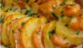 Batata gratinada com camarão